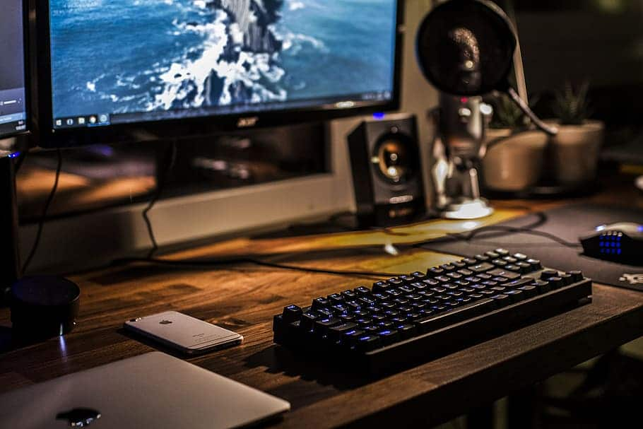 Pros and cons of switching a gaming PC to Linux