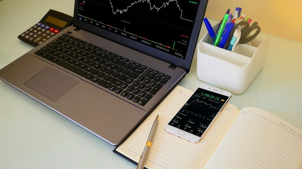 Comment: How to choose a stock broker?